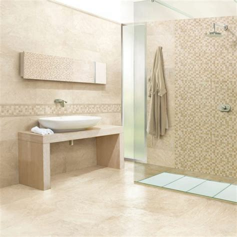 Travertine Tile Ideas Bathrooms by Travertin Fliesen Im Badezimmer Gestaltungsm 246 Glichkeiten Mit Natursteinfliesen
