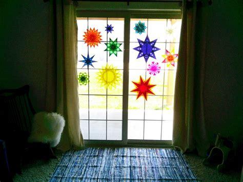 Weihnachtsdeko Fenster Selber Basteln by Weihnachtsdeko F 252 R Fenster Sterne Aus Transparentpapier