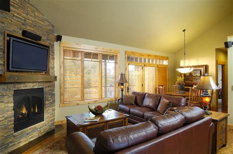 cabin living room sage canyon cabin living room realfoodtraveler com