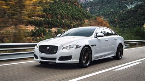 Jaguar Car Photos Hd by White Jaguar Car Wallpapers Photo Cars Hd Wallpaper
