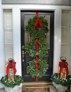 Diy Outdoor Christmas Lights - 35 cool christmas lanterns decor ideas for outdoors gardenoholic