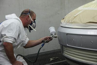 spray painting cars respray dundee car paint and respraying in dundee