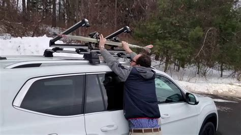 vw atlas  vw crossbars  thule ski rack youtube