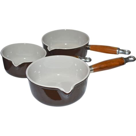 T Chef Souce Pan 1l le creuset set of 3 chocolate brown enamel cast iron