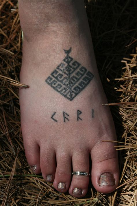runic tattoos the gallery for gt valhalla rune
