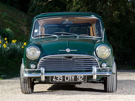 Wheels Pop Offs Morris Mini 2 morris mini traveller ado15 10 1960 10 1969