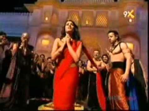 kecantikan shafaq naaz pemeran kunti  mahabharata