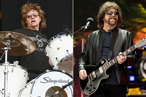 Reunites With Lynne by Elo S Bev Bevan Is Hoping To Reunite With Jeff Lynne At