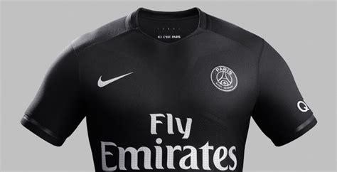 Calendrier Psg Ligue Des Chions 2015 16 Il Psg Ha Svelato La Terza Maglia Nike Per La Chions