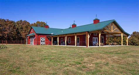 morton buildings stall barn  living quarters  lonedell missouri equestrianhorse barns