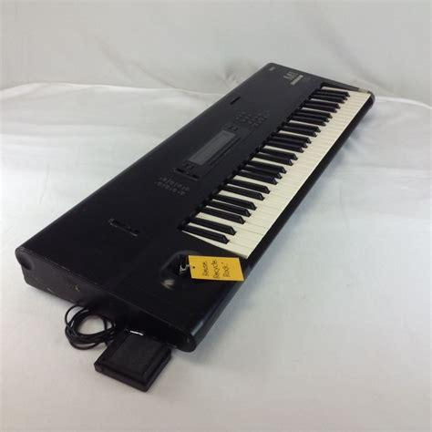 Keyboard Korg M1 used korg m1 synthesizer 61 key synthesizers go