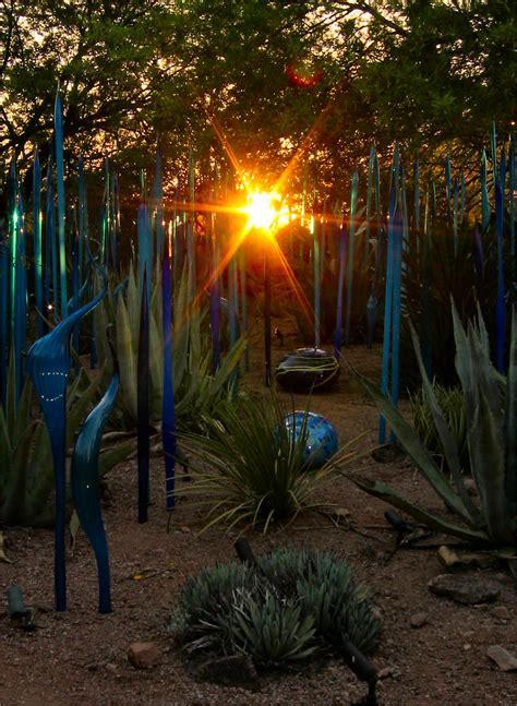 Chihuly Desert Botanical Garden Soul More Glass In The Desert At Dale Chihuly Desert Botanical Garden Exhibit