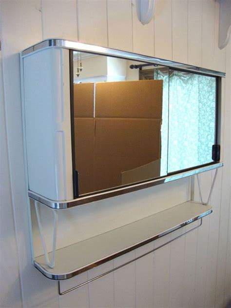 vintage bathroom mirror cabinet best 20 vintage medicine cabinets ideas on pinterest