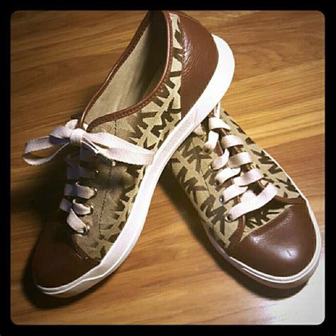 new michael shoes 25 michael kors shoes like new michael kors canvas