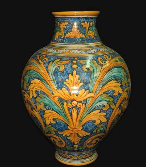 vaso di ceramica vaso ornato calatino in ceramica artistica di caltagirone