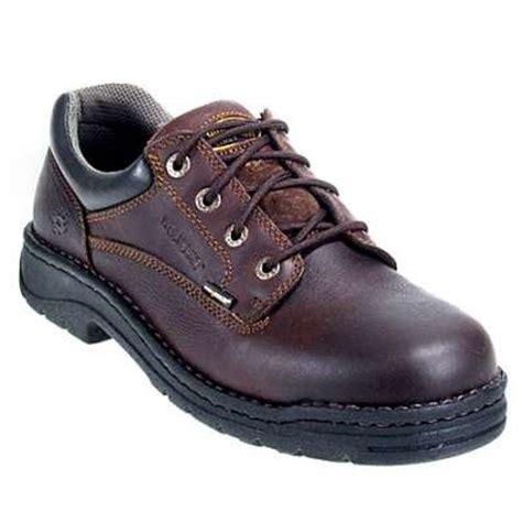 wolverine oxford shoes s wolverine 4374 exert durashocks oxford shoes