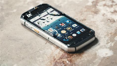 the cat s60 is rugged and can see in the