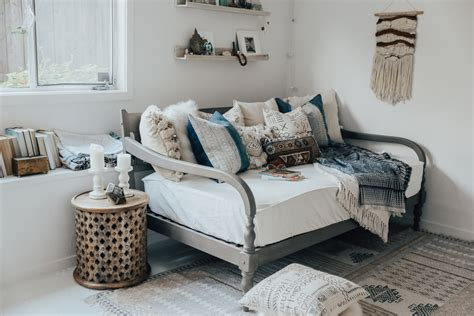 what is a day bed how to style a daybed advice from a twenty something