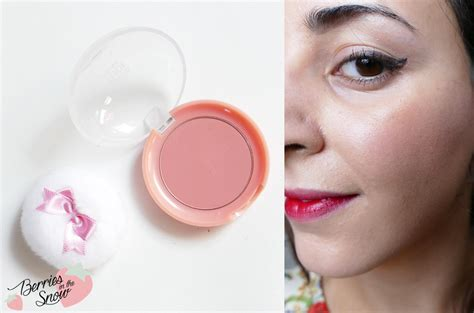 Etude House Cookie Blusher review etude house lovely cookie blusher berries in the