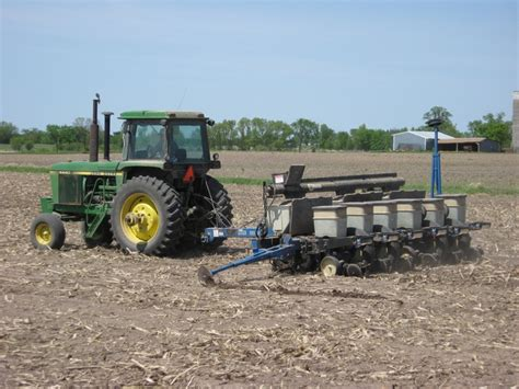 Kinze Planter by Planting With The Deere 4440 And 6 Row Kinze Corn