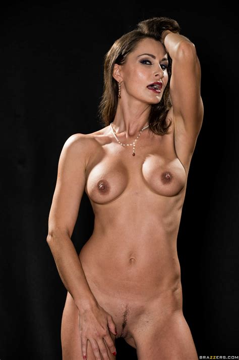 Great Looking Woman Is Slowly Getting Naked Photos Nora