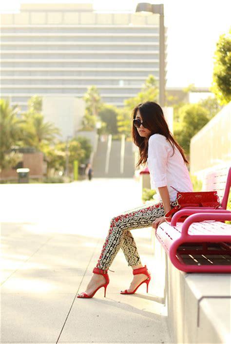 Zara Flora Strapbag Ps234 maggie chan coach patent leather bag forever 21 aztec floral pattern zara