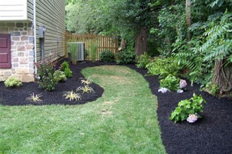 how to landscape a backyard backyard landscaping photos small yard landscape design