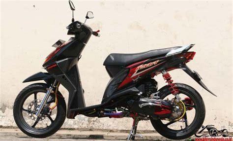 Cover Knalpot Beat Karbon Tameng Knalpot Beat Pop Fi Esp Carbon Karbon otomotif motor modif beat simpel karbon