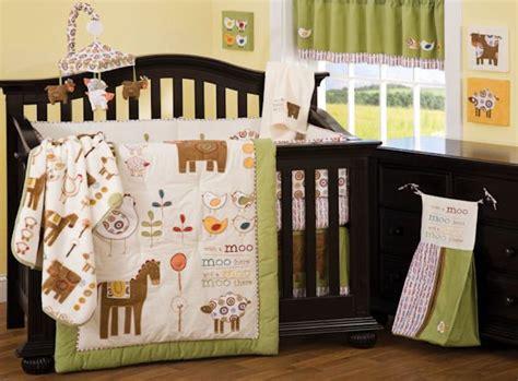 Farm Animals Crib Bedding by 6pc With A Moo Moo Animal Farm Baby Crib Bedding Set
