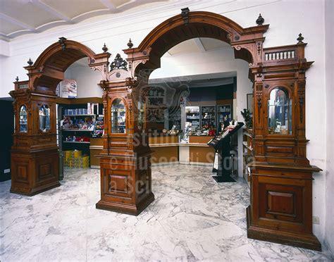 arredamenti franceschini immagine arredo della dell ottocento della farmacia fr