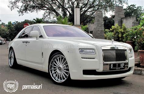 roll royce wedding rolls royce phantom for my car at the wedding yeaahh