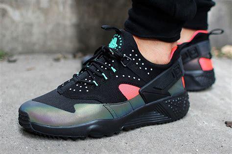 Nike Air Huarache nike air huarache utility iridescent