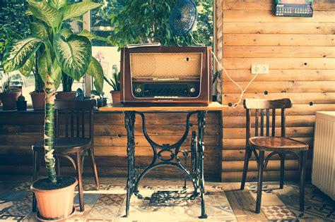 retro meubels opknappen 4 x tips zo knap je je vintage meubels binnen een