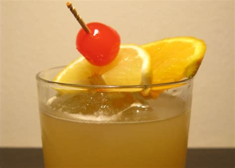 Jsmilk Bottle Powerbank Lemon lemon juice 183 canned or bottled 21 calories happy forks