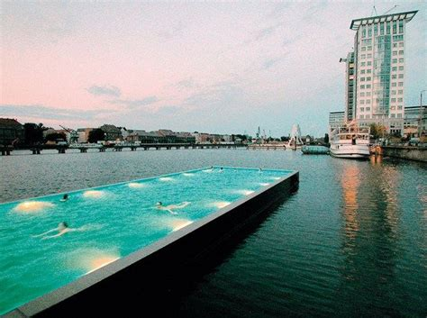 river spree berlin swimming pool   river