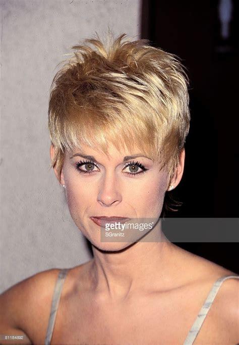 lorrie morgan short hairstyles 334 best short hair styles images on pinterest bob cut