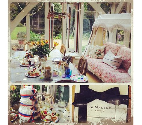 Beautiful Baby Shower by Willow Crossley Throws A Beautiful Baby Shower For