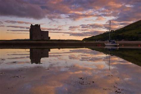 lochranza castle photo the castle at dawn