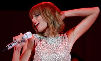taylor swift albums success taylor swift s newest album is great success say critics