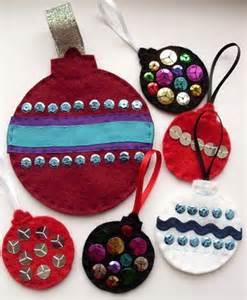 bolas de 225 rbol de navidad hecha con fieltro y lentejuelas