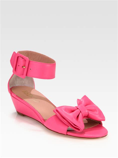 valentino leather bow sandals in pink lyst