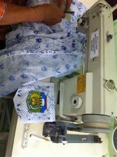 Rompi Gojek Custom konveksi soccerlinestore bikin seragam pabrik sekolah