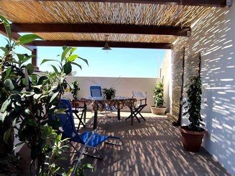 terrazze attrezzate pantelleria dammuso dammuso gelsomino la terrazza