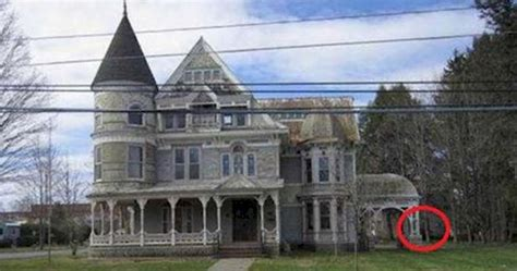 cheap mansions for sale in usa they re selling this house for ridiculously cheap if you
