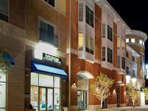 Brick Row Urban Village Offers Luxury Apartments at 744 Brick Row in Richardson