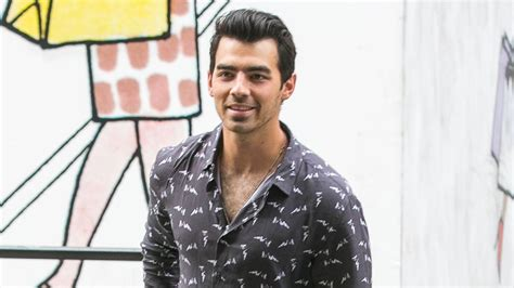 joe jonas tattoo lol joe jonas s new looks suspiciously like