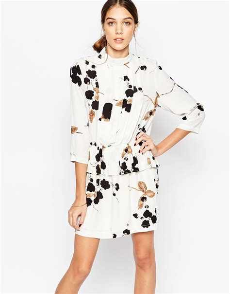 Dress Floral White Blazer lyst ganni crepe peplum dress in floral print in white