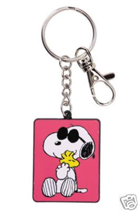 peanuts snoopy woodstock friendship keychain keyring