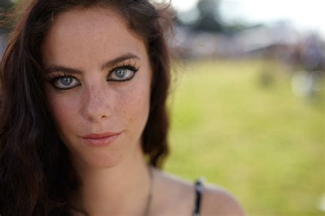 kaya scodelario wallpapers images photos pictures backgrounds