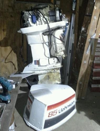 outboard boat motors near me buy big johnson outboard boat motor 85 hp se sport 300 v4